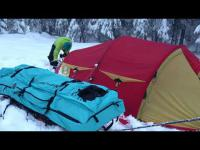 Nedpakking av telt og camp med Fjellpulken Bedding - Spica Winter Camp System